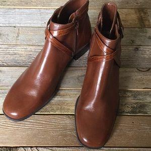 Michelle D Cognac Boots NEW